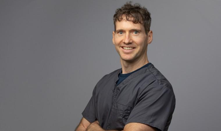 Dr David Sandelli